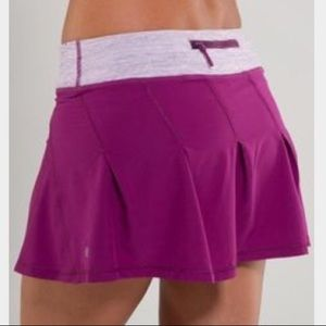 Lululemon EUC run: take flight purple skirt size 4
